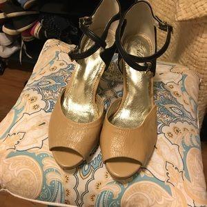 Miss Albright Anthropologie Black and Cream heels